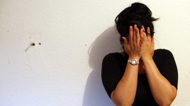 Uma mulher é agredida a cada 15 minutos no Rio, mostra levantamento