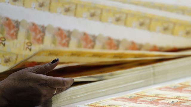 Dívida Pública Federal sobe 1,15% e fecha março em R$ 3,917 tri