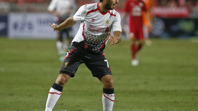 Wenger põe fim ao sonho de contratar Suárez