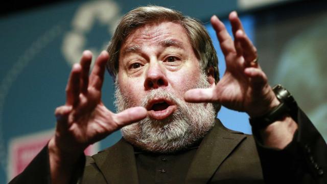 """Wozniak: """"Encontrem uma forma de sair do Facebook"""""""