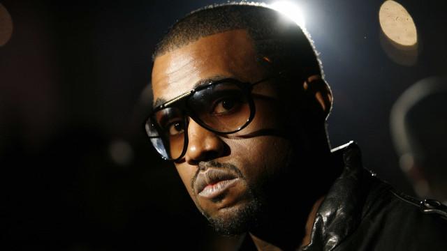 Kanye West revela que há dois anos tenta se divorciar de Kim Kardashian