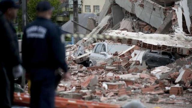 18 operários morrem em queda de prédio no Camboja