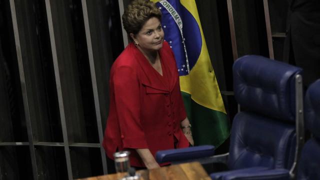 Dilma Rousseff critica atuação do Federal Reserve