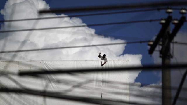 Leilão de energia é suspenso por ordem judicial