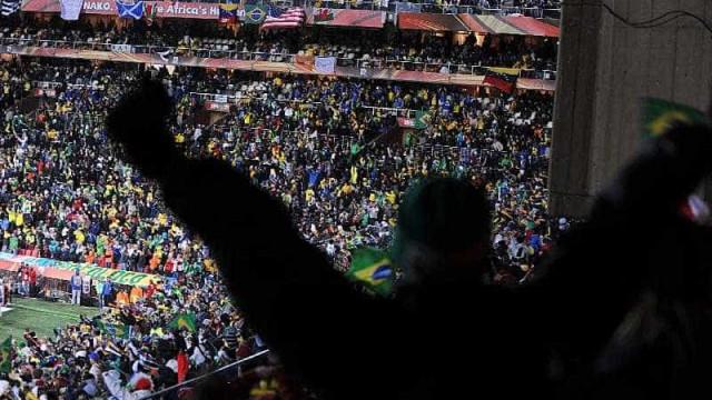 Pai de torcedor internado condena violência no futebol