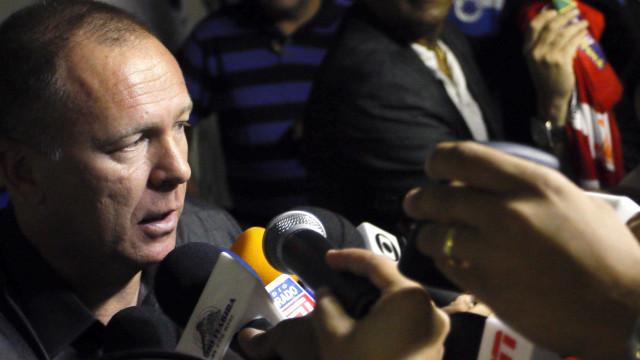 Mano nega rodízio no Palmeiras e diz que vitória evita pressão