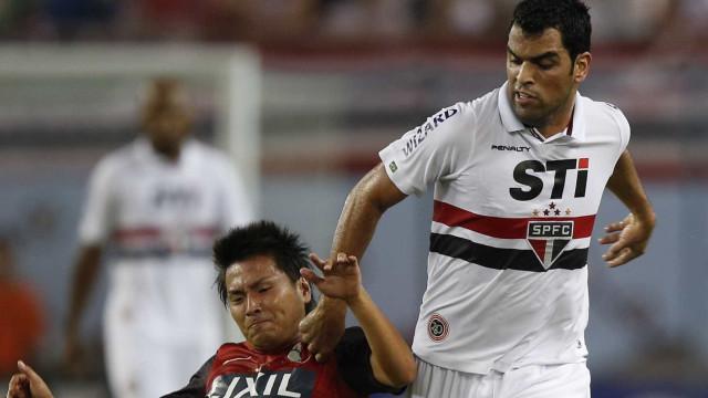 São Paulo quer vencer para ficar longe do descenso