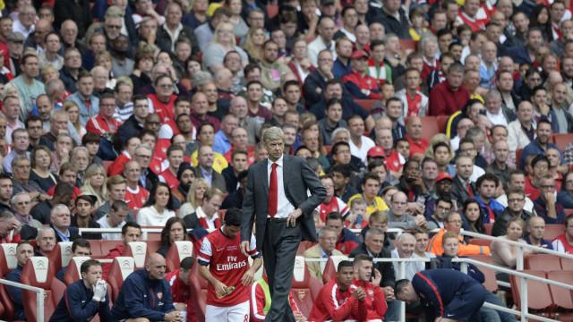 Arsène Wenger festeja gols e recuperação de Podolski