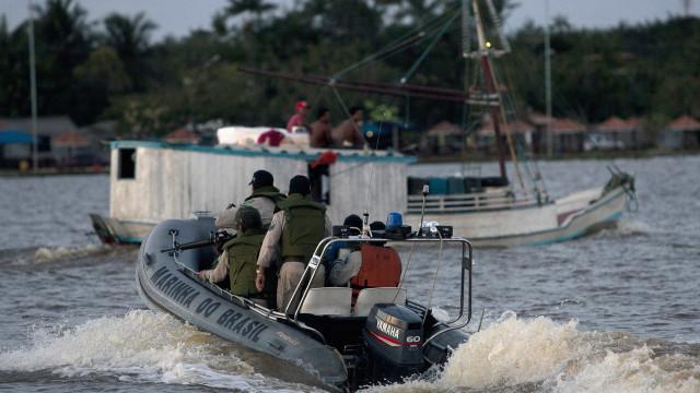 Sobe para 15 o nº de mortos em naufrágio