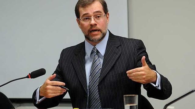 Toffoli vê com temor 'a ideia de a economia conduzir o direito'