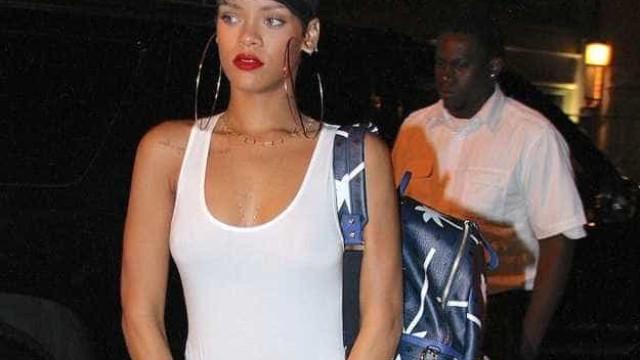 Rihanna foi proibida de ter namorados até os 16 anos