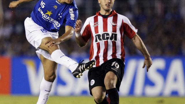 Henrique espera ser campeão sendo titular no Cruzeiro