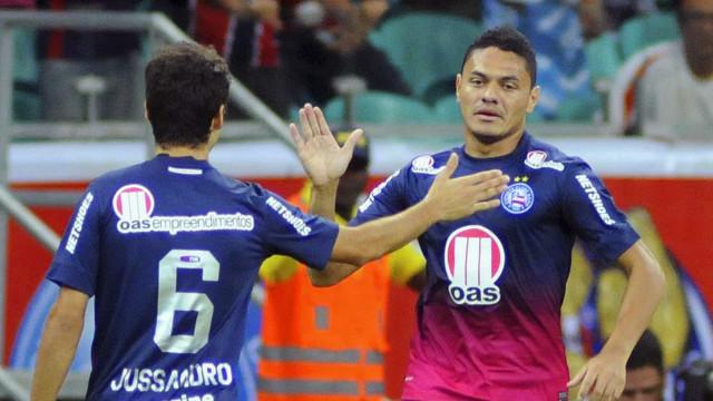 Bahia muda dupla de ataque para tentar vencer o Santos