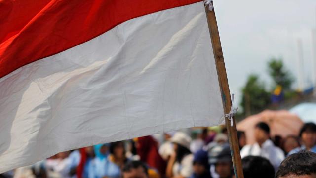 Atentados suicidas em igrejas na Indonésia deixam pelo menos 2 mortos