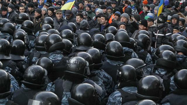 Mais de cinco mil pessoas já morreram em conflitos na Ucrânia