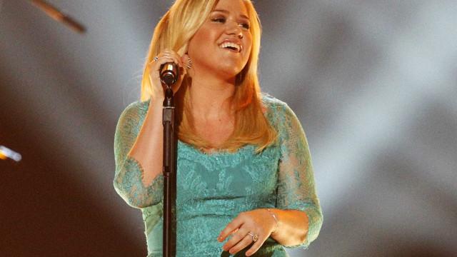 Kelly Clarkson quer um bebê gordinho