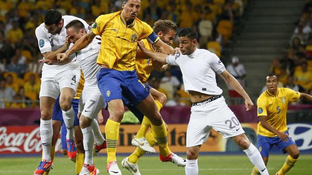 Ribéry se diz triste por Ibra não disputar Bola de Ouro