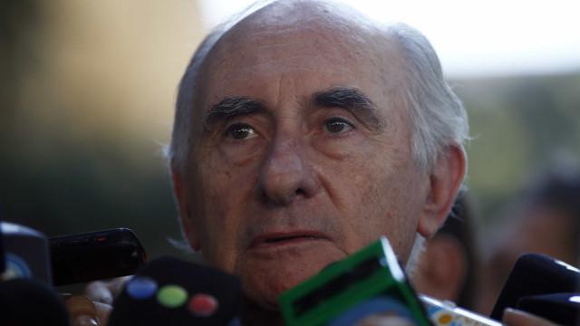Estado de saúde do ex-presidente argentino Fernando de la Rúa é grave