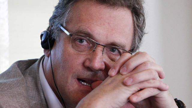 Procuradoria da Suíça acusa Valcke e presidente do PSG de corrupção