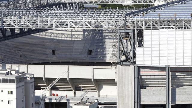 Atrasada, Arena da Baixada deve ser garantida na Copa