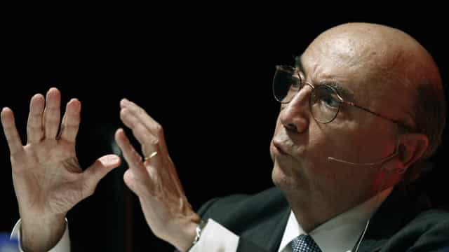 Governo tem votos para aprovar reforma da Previdência, diz Meirelles