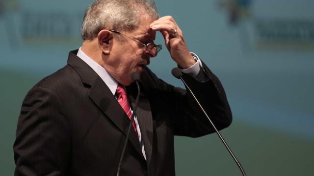 Ex-ministro de Lula causa crise em campanha de Dilma