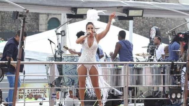 Gravidez de 3 meses de Ivete Sangalo confirmada por site