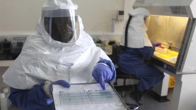 Surto de ebola na República do Congo continua alto, diz OMS