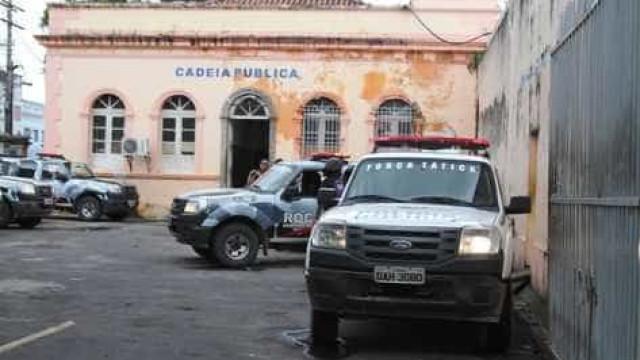 Um preso morre e 30 ficam feridos durante duas rebeliões em MG