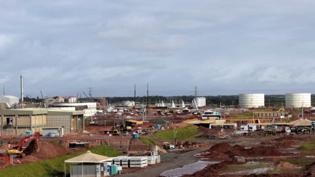 Petrobrás escondeu custos da refinaria Abreu e Lima