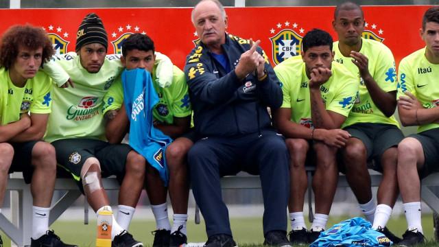 Seleção faz último treino antes de jogo contra Alemanha