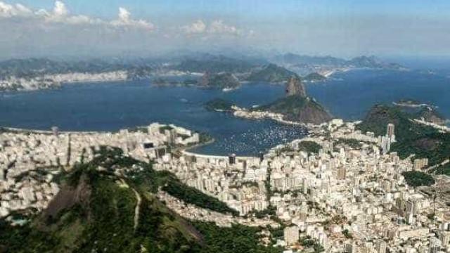 Apesar de críticas, Baía de Guanabara recebe evento pré-2016