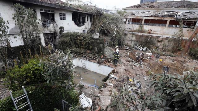 IML conclui identificação de corpos de vítimas de acidente aéreo