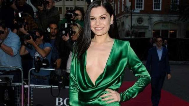 Jessie J 'mal pode esperar' para vazamento de suas fotos