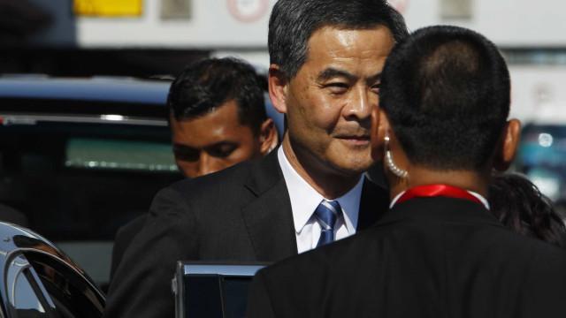 """Pequim alerta para risco de """"caos"""" e reitera apoio a líder"""