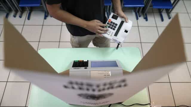 TSE critica a implementação do voto impresso no país