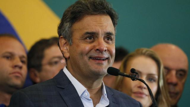 Aécio diz que ministro é 'um bosta' por não pôr delegados aliados na PF