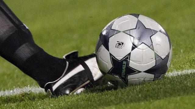 Jogadores de futebol são presos por manipularem resultados na Espanha
