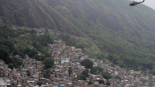 PM apreende 215 kg de drogas em comunidades da Zona Norte do Rio
