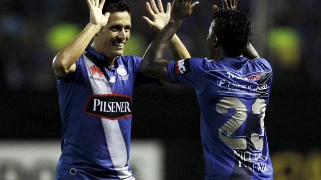 Emelec derrota o Tigres e sai na frente nas quartas da Libertadores