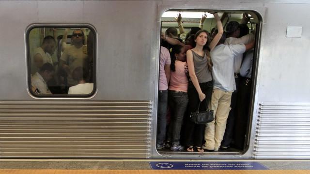 Preço da passagem de metrô e trens sobe hoje em SP