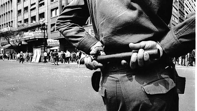'Fui torturada pela ditadura e meu pai foi a razão', diz brasileira