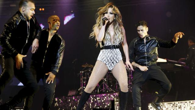 Show de Jennifer Lopez é interrompido no meio por blecaute em Nova York