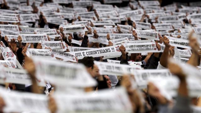 Sob pressão, Corinthians visita o embalado Goiás