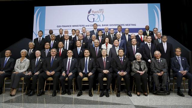 Brasil é uma das três economias do G-20 que encolheram em 2015