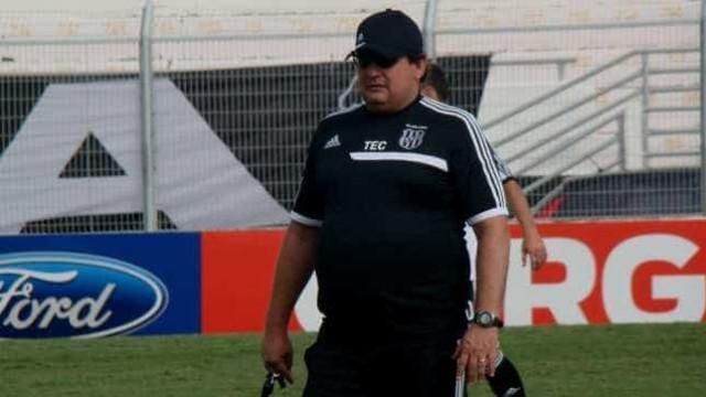 Borges se recusa a entrar em campo e irrita Guto Ferreira
