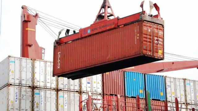Queda das importações contribuirá para saldo comercial dobrar em 2016