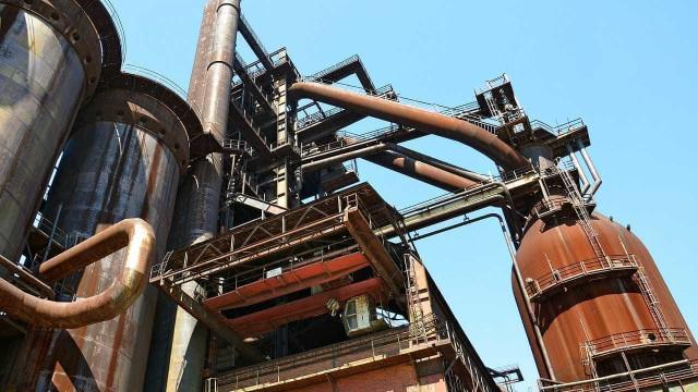 China: minério de ferro salta a níveis recordes com expectativa de oferta escassa
