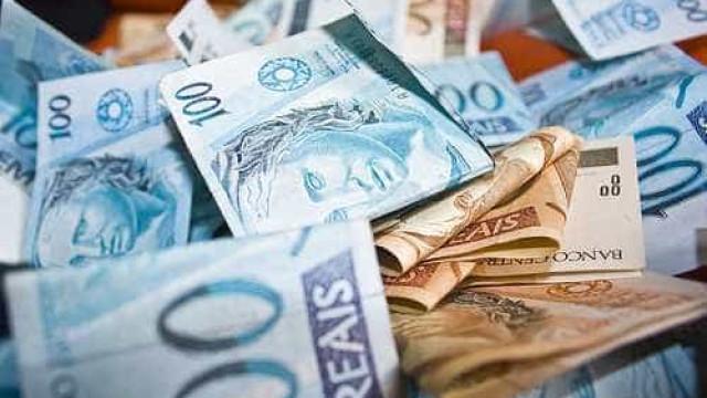 Governo avalia autorizar congelamento do salário mínimo