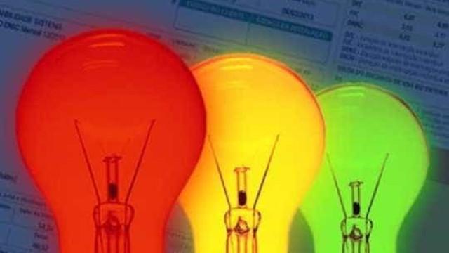 Conta de luz deve continuar com  bandeira vermelha até novembro